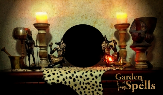 """Espelho negro """"Oráculo de Anpu"""", por Garden of Spells"""