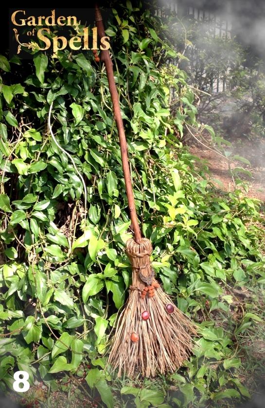Vassoura Mágica - Garden of Spells